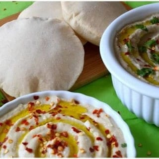 Pita Bread with Hummus and Baba Ganoush Dip