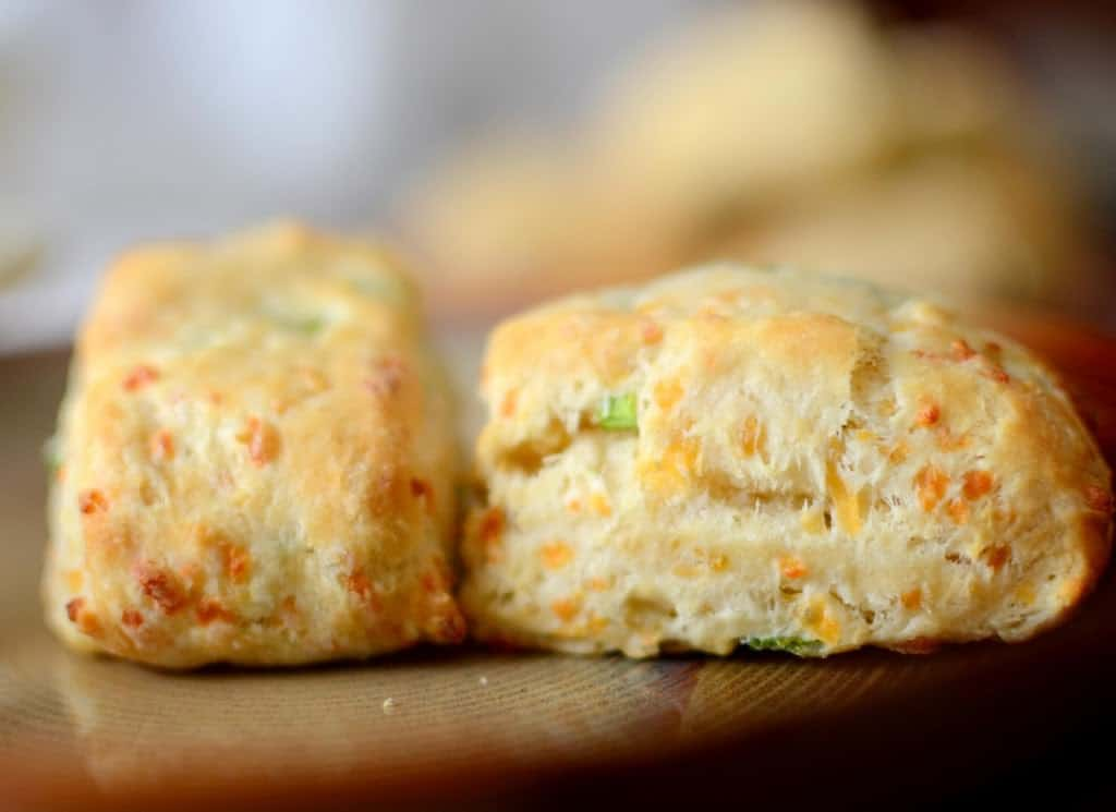 how to make delicious fluffy scones
