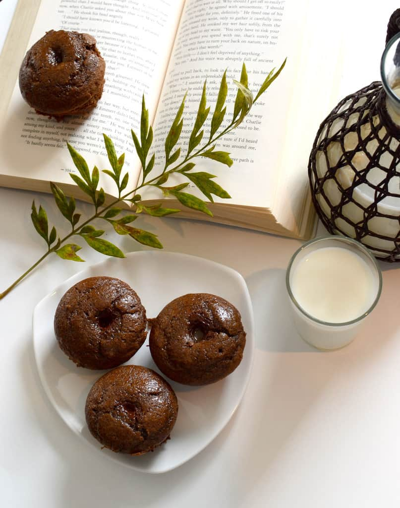 Coffee and Chocolate Muffins With Coffee Glaze