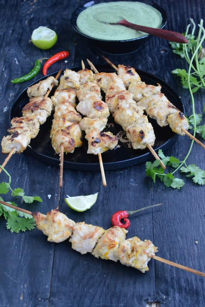 Murgh Malai Tikka is a creamy, luscious skewers based recipe that perks up BBQ parties and even weekday dinners! Here's its recipe!