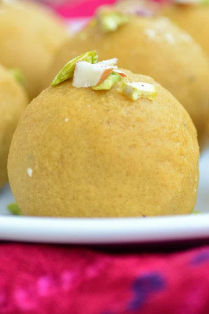 Besan Ke Ladoo is a delicious Indian sweet made from besan or chickpea flour, especially for Diwali. Here is a simple recipe to make it.