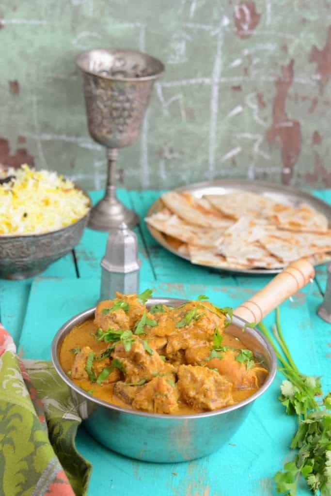 Mughlai Murgh Korma is a traditional Mughlai recipe. It has a rich and creamy gravy made with coconut and almonds. Do read its recipe.