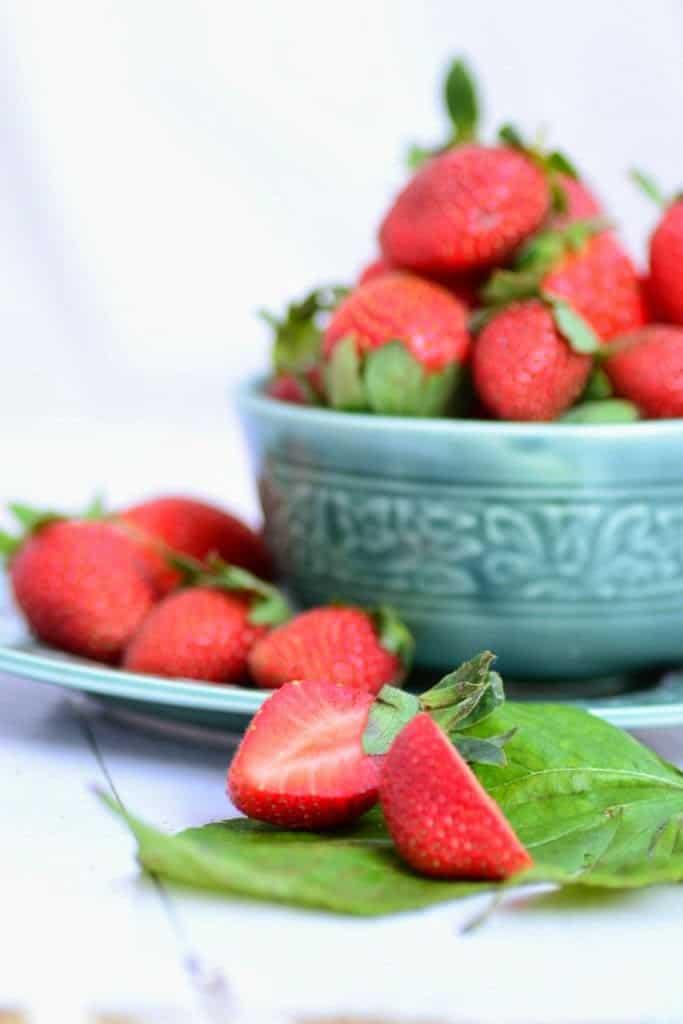 Balsamic Strawberry Crumble