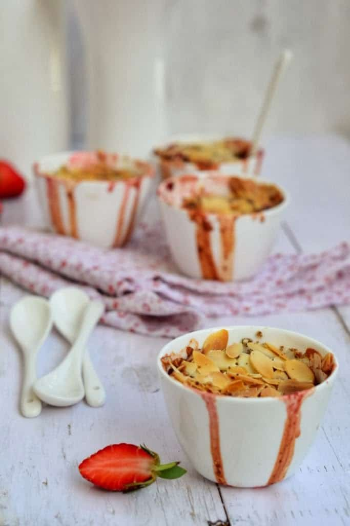 Balsamic Strawberry Crumble