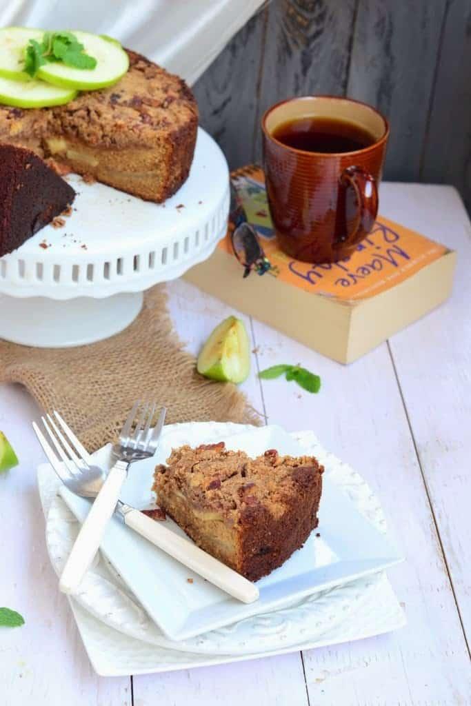 German Apple Pecan Cake