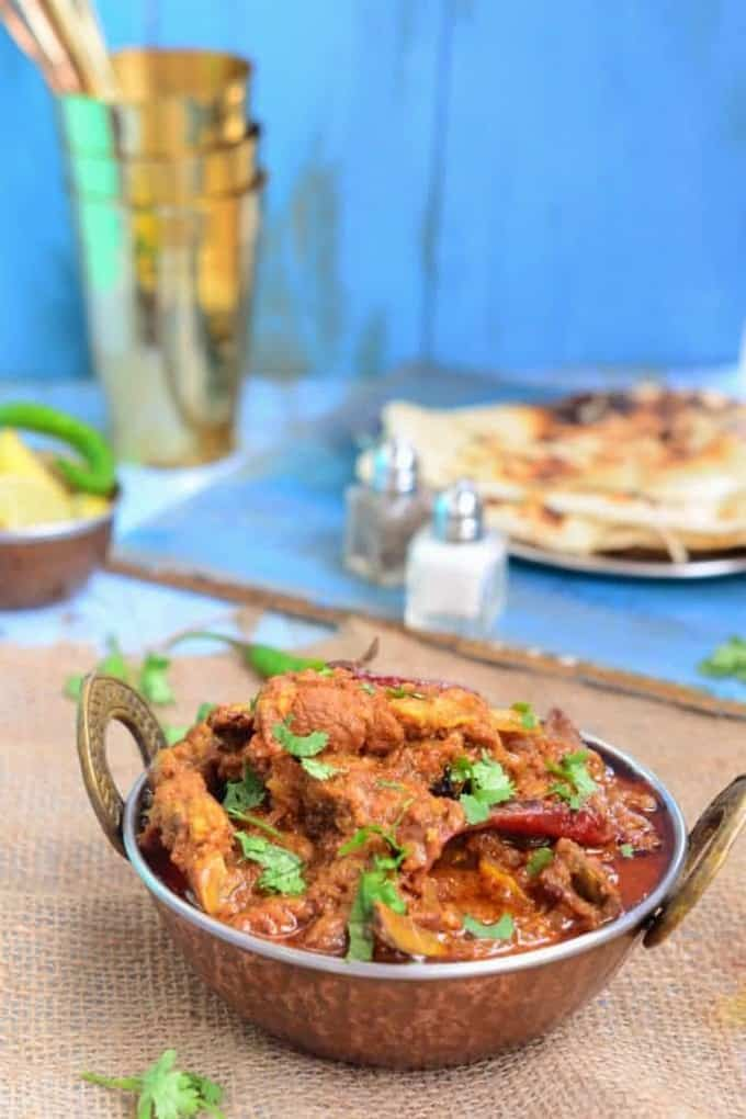 Dhuwan Dahi Gosht recipe