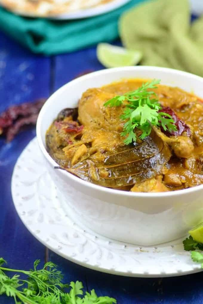 Murg Khada Masala / Chicken cooked with Whole Spices