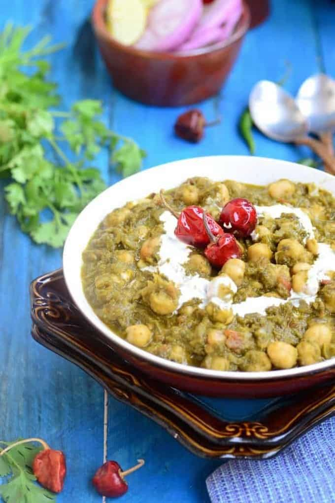 Palak Chole \ Chickpeas in Spinach Sauce