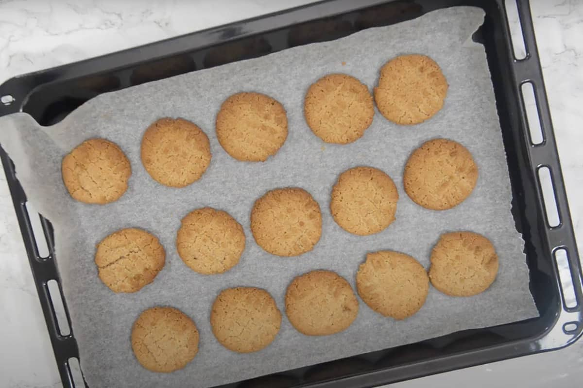 Ready peanut butter cookies.