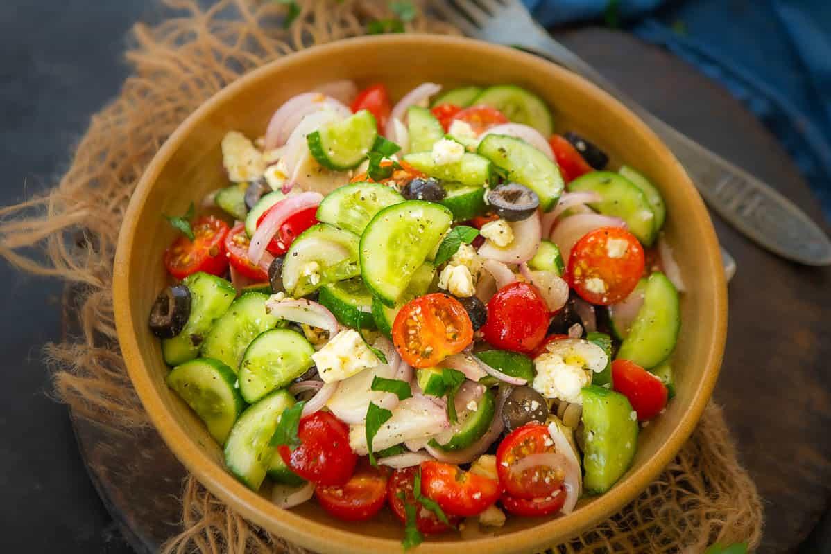 Traditional Greek Salad Recipe (Horiatiki)