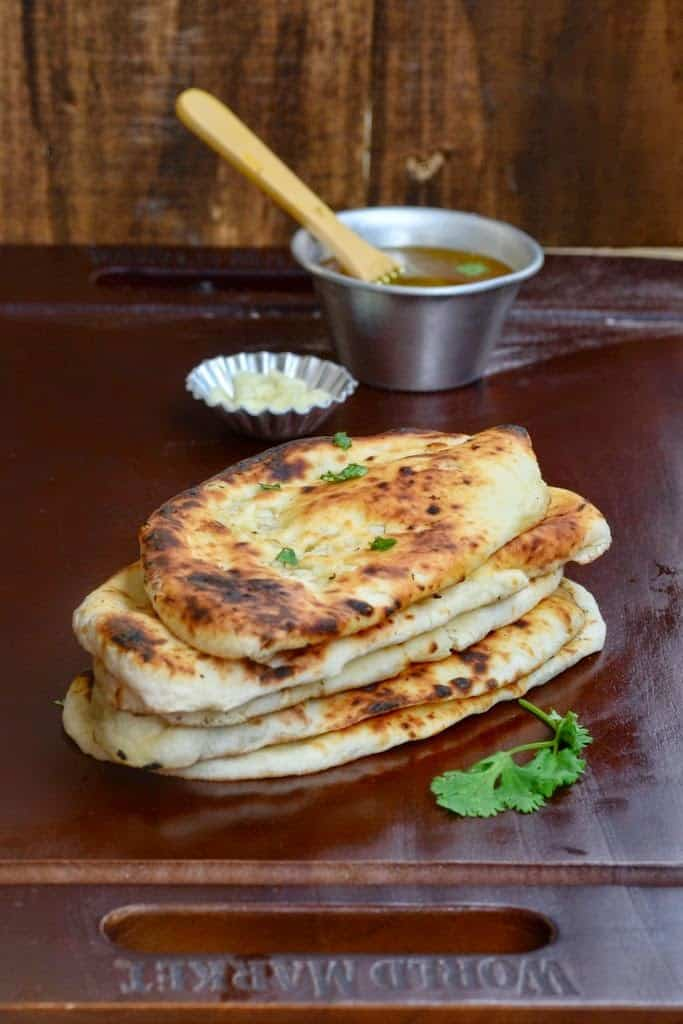 Recipe to make Butter and Garlic Naan