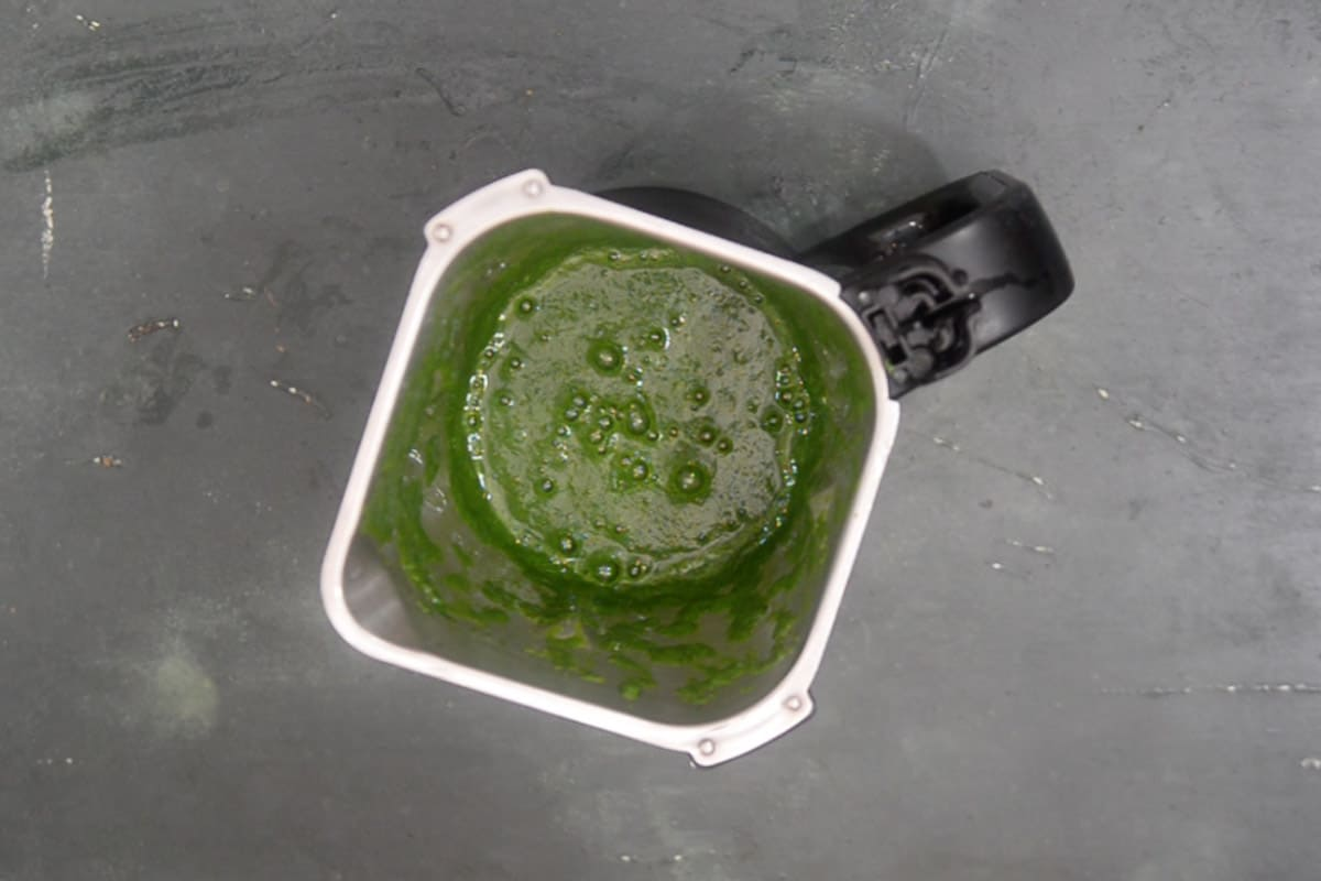 Smooth paste of spinach made.
