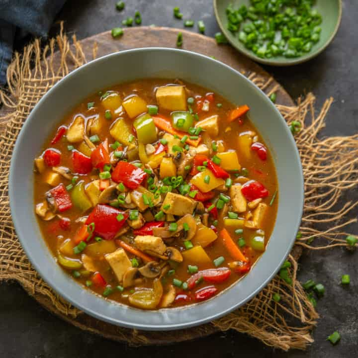 Sweet and Sour Vegetables is a delicious Chinese style stir fry which is great to serve with rice or crispy noodles. Here is how to make this easy Oriental recipe.