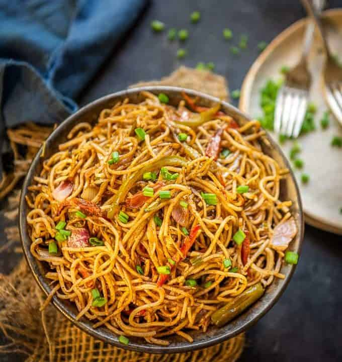 Veg hakka Noodles served in a bowl.