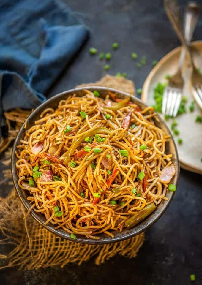 Veg hakka Noodles served in a bowl.