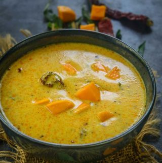 Mango Kadhi or Fajeto served in a bowl.