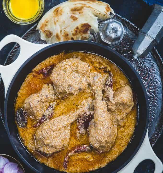Chicken Rezala served in a bowl.