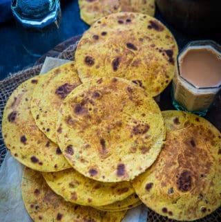 methi Khakhra served on a plate.