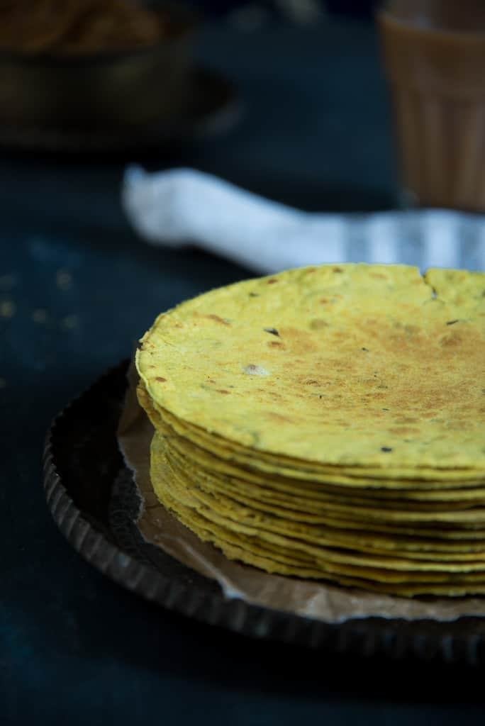 Methi Khakra / Crispy Fenugreek Flat Bread