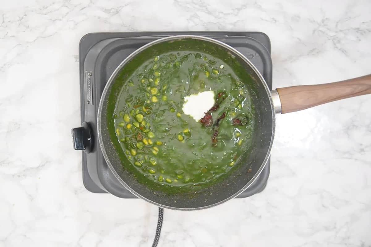Fresh cream added in the pan.