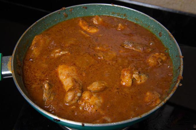 Cooked Chicken vindaloo