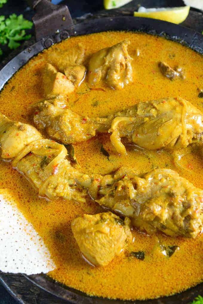 Close u shot of Mangalorean chicken curry.