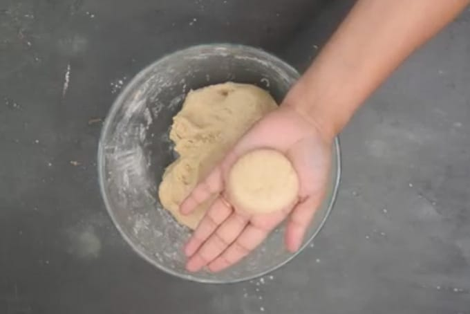 Balls made from the dough.