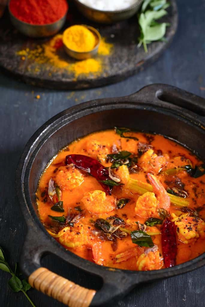 how to cook raw prawns in a curry