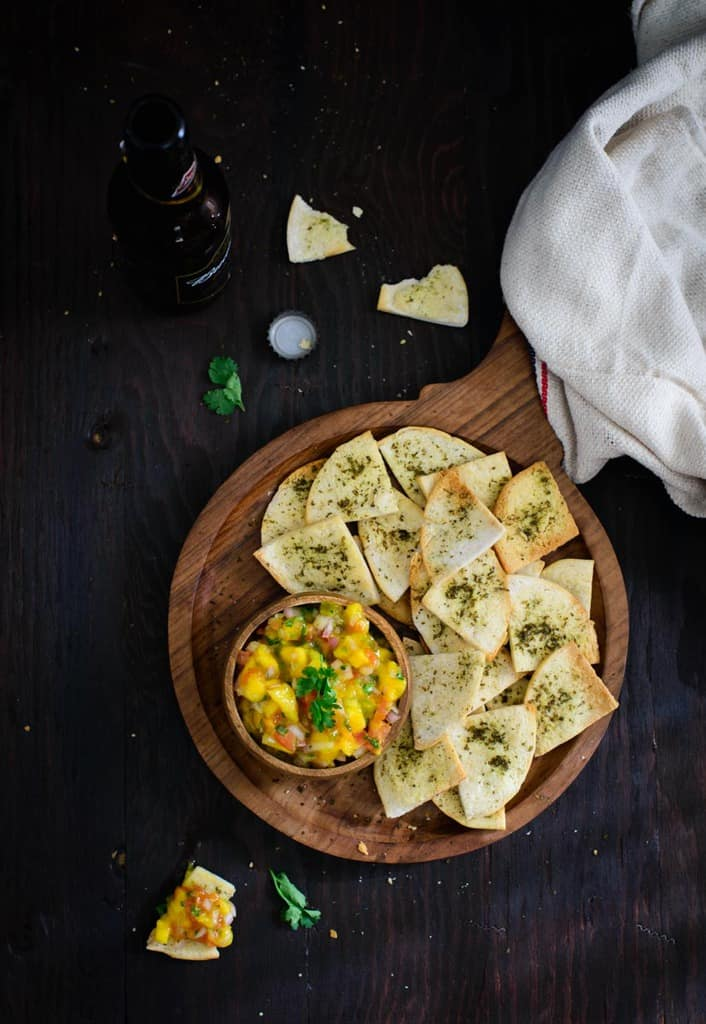 Za'atar Spiced Pita Chips is a quick and easy to make snack which can be made in just no time. Here is how to make Za'atar Spiced Pita Chips.