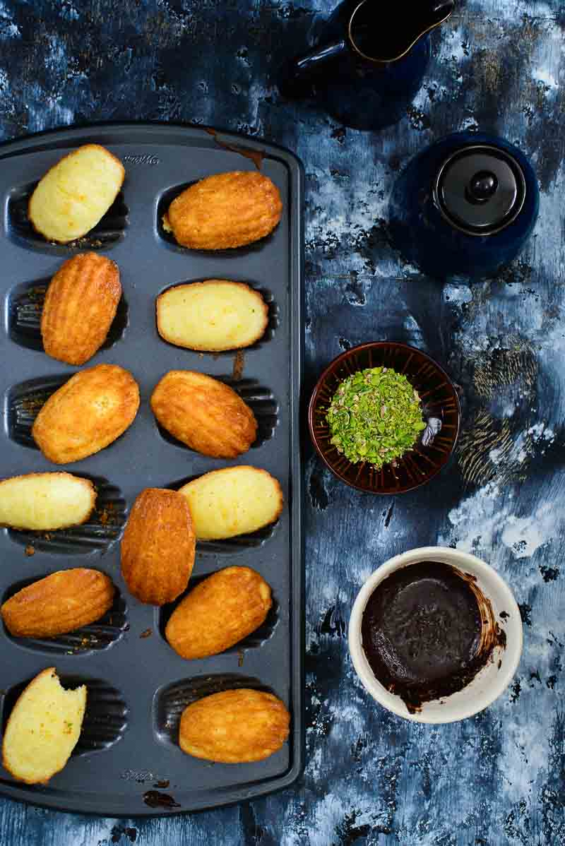 Lemon And Vanilla Madeleines Recipe Whiskaffair