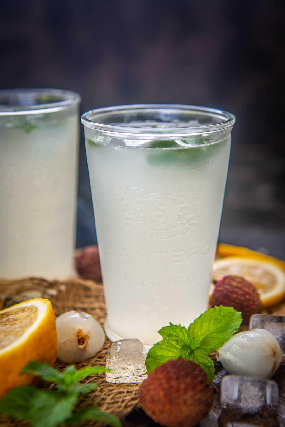 Litchi lemonade served in glasses.
