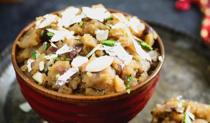 Aate ka Halwa / Whole Wheat Pudding