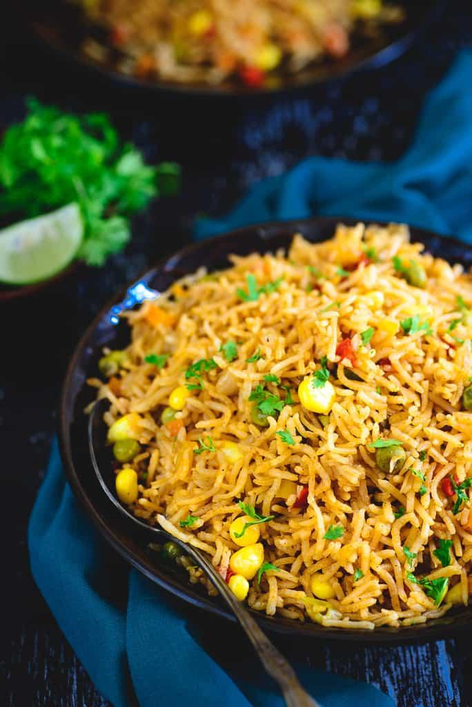 Easy & Delicious One Pot Mexican Rice Recipe - Whiskaffair