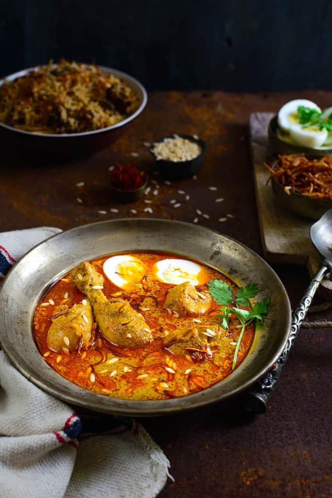 Murgh Shahjahani is a rich and creamy recipe of chicken where chicken is cooked in a rich masala made with dry fruits, onions and spices.