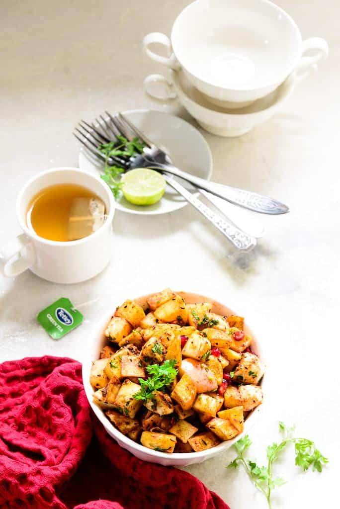 Delhi and chaat are synonymous with each other, and this Delhi Style Fruit Chaat is a popular street food that is available at street corners.