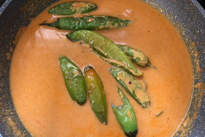 Fried chillies added in the masala.
