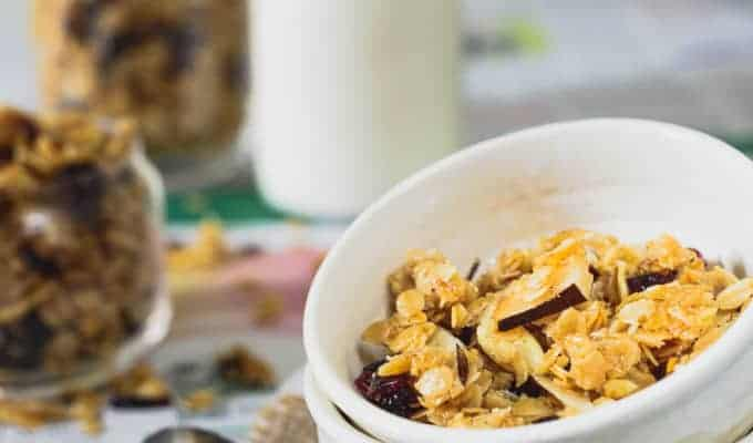 Vanilla Coconut Granola Recipe
