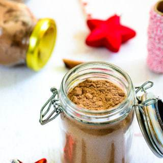 Homemade Spiced Hot Cocoa Mix