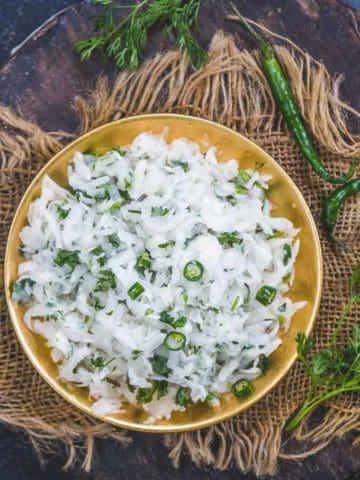 Mooli Lachha served in a bowl.