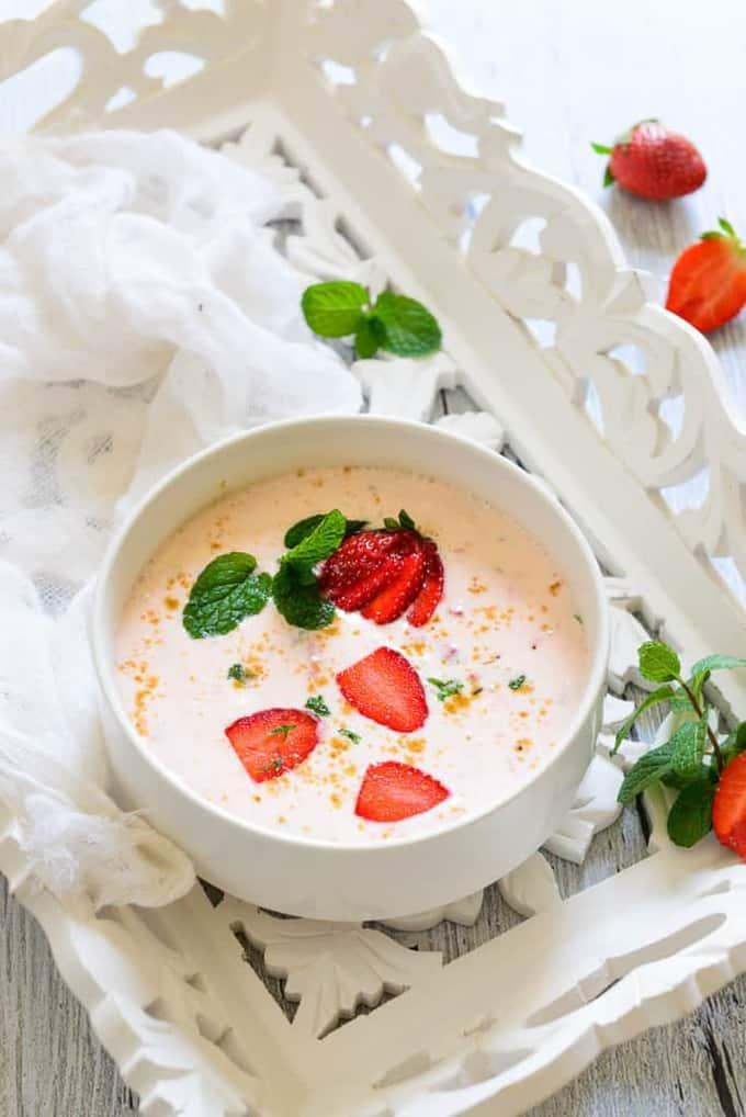 Strawberry Raita Recipe, How to make Strawberry Raita