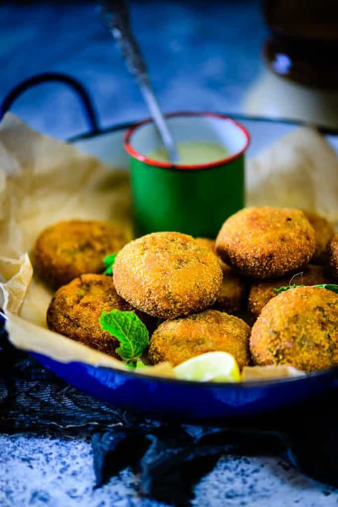 ShalgamKeKabab is a great option for evening snacks with tea, and also those who aren't too fond of turnips in the first place.