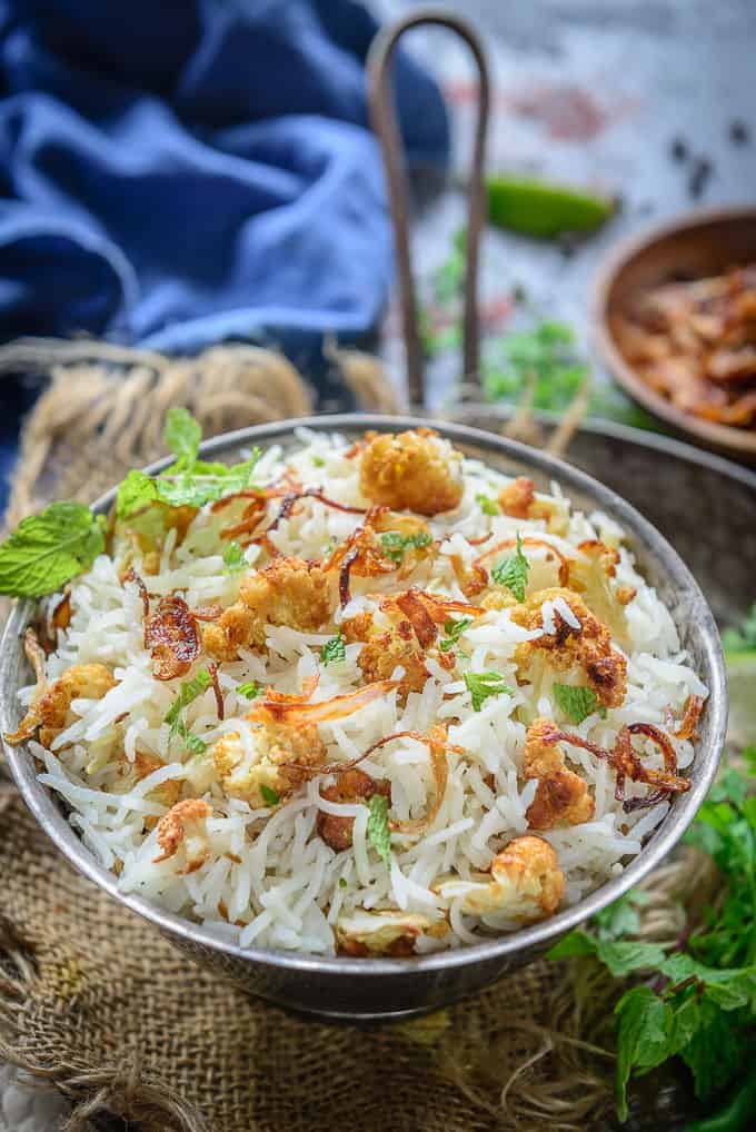 Gobi Pulao served in a bowl.