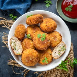 Tuna cutlets or Tuna Patties are super quick and easy to make appetizer and are full of toothsome flavors. Made using canned tuna, these can be easily frozen for later use. Here is how to make these.