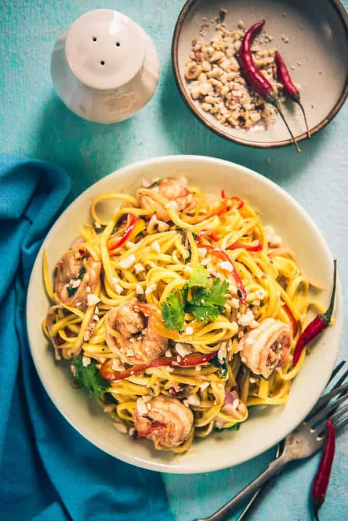 This summer, Vietnamese Mango and Prawn Salad ought to be the best salad that you are going to munch on! Read its recipe, hurry!