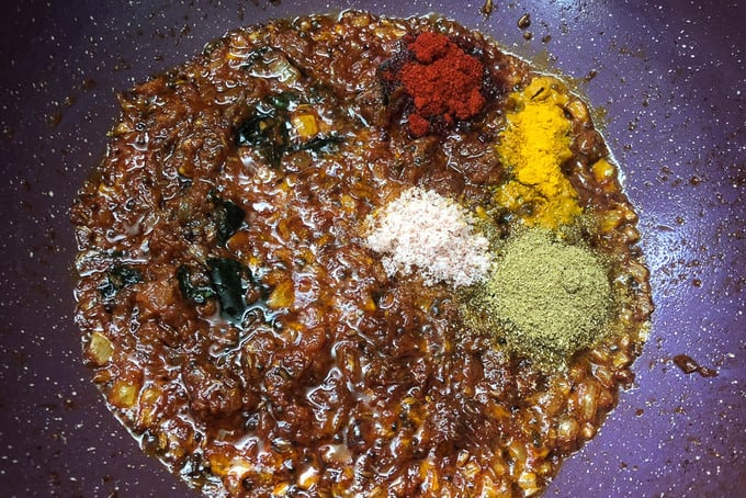 Dry spices added in the pan.