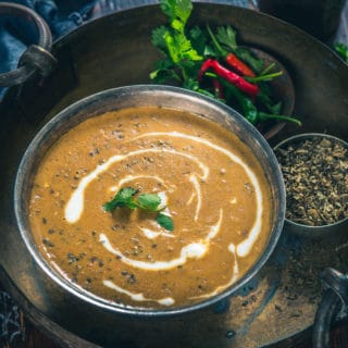 No Onion No Garlic Dal Makhni is made by using khadi urad dal, rajma, whereas it is balanced by adding umpteen spices, ginger and dollops of butter.