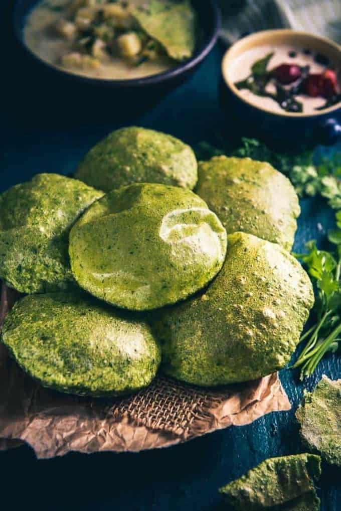 Palak Puri Recipe, How to make Palak Puri