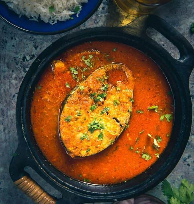 Fused with the flavours of tomatoes, spices, fish and fresh strings of coriander Tamatar Wali Machli is a show stealer on the table along with steamed rice.