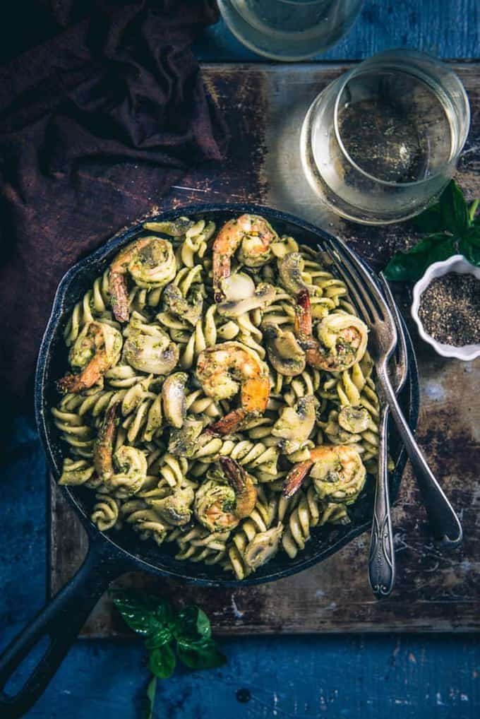 Pesto Prawns Mushroom Pasta Recipe, How to make Pesto Prawns Mushroom Pasta