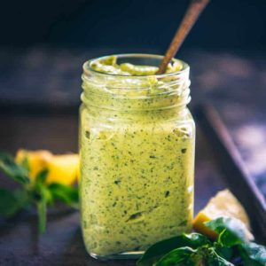 Perfect for summer and for its seasonal delicacies, Green Goddess Mayonnaise is a yummy mix of fresh herbs, mayonnaise used as a dip or a spread.